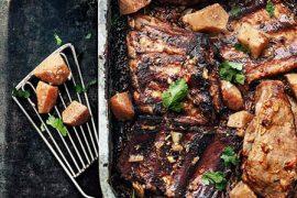 Travers de porc croustifondant<br>et compotée de coings