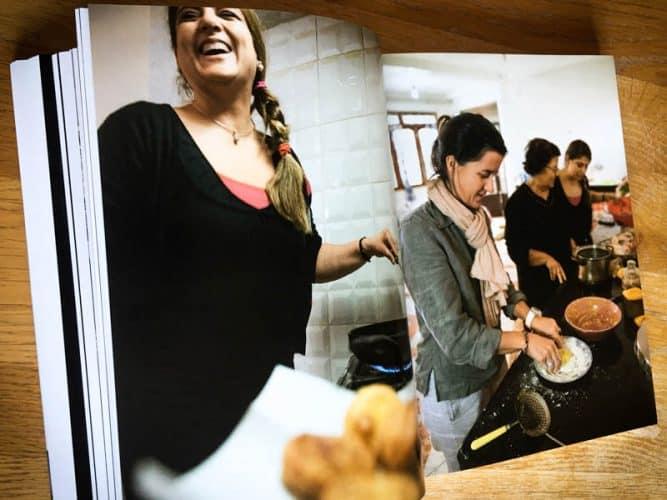 Ourida Nekkache en cuisine - © 180°C Mayalen Zubillaga