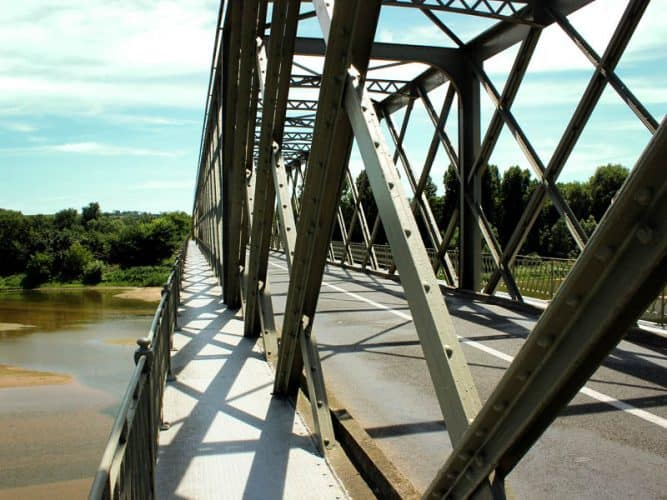 Pont de Rochefort  1889. Belle architecture en treillis - 180°C - Photographie Stephan Lagorce