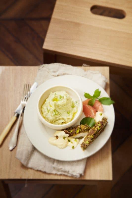 Filets de poulet panés à la pistache et au citron confit