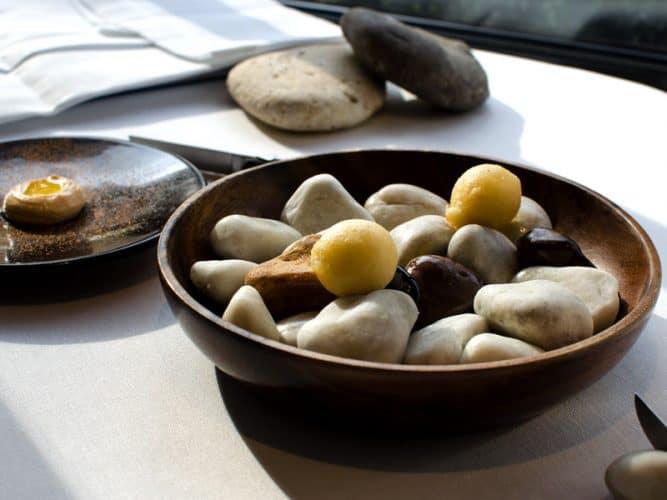 Petits accusa de morue à déguster avec une fine mayonnaise au piment d'Espelette - © 180°C - Photographie Olivier Pascuito