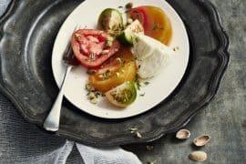 Tomates burrata, thym citron et pistaches