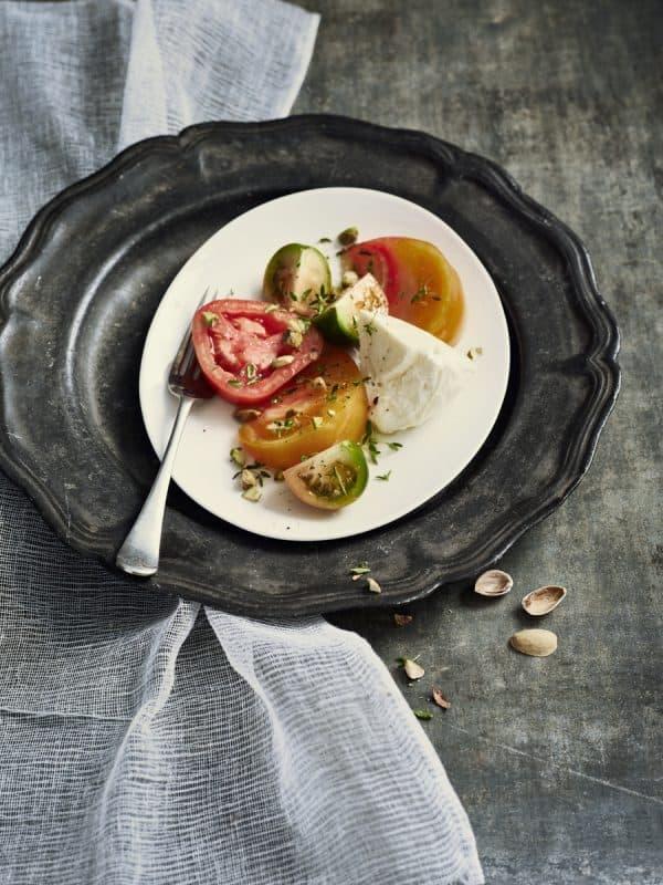 Tomates burrata, thym citron et pistaches 1
