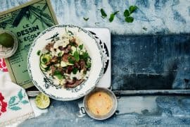 boeuf grillé à la menthe,<br>courgettes et chou-fleur crus 2