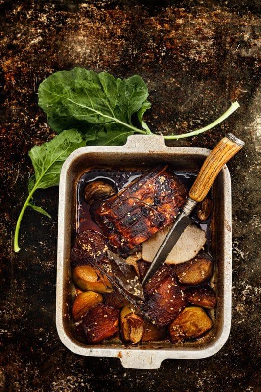 Rôti de porc et chou-rave caramélisé