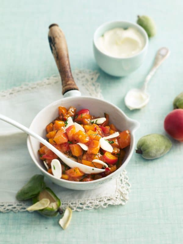 Abricots compotés mi-crus mi-cuits au basilic 1