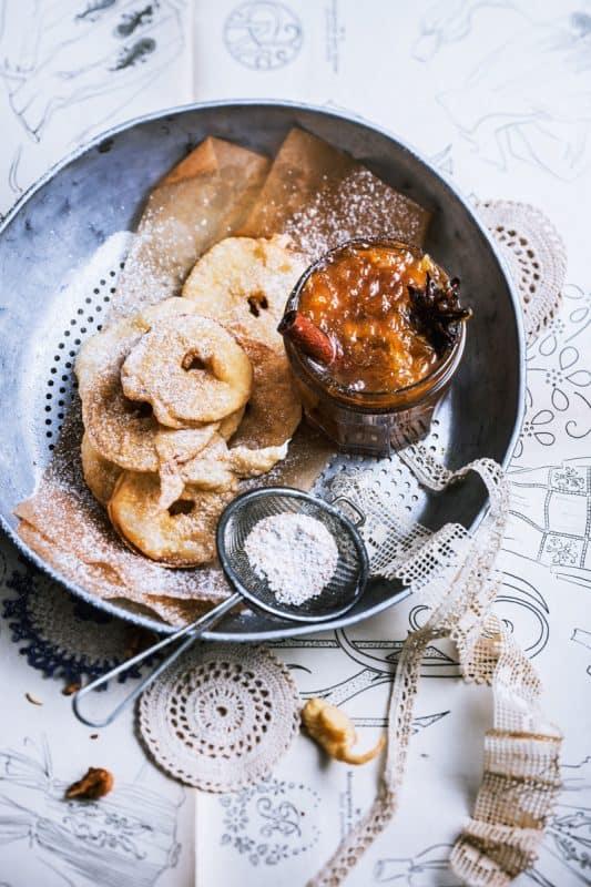 beignets aux pommes<br>et marmelade d'oranges 1