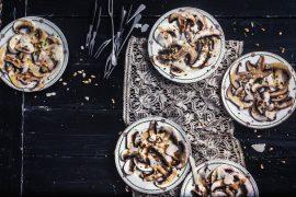 Carpaccio de champignons de Paris aux pignons et parmesan