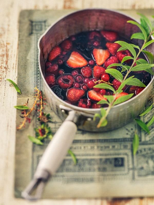 Soupe de fruits rouges à la verveine