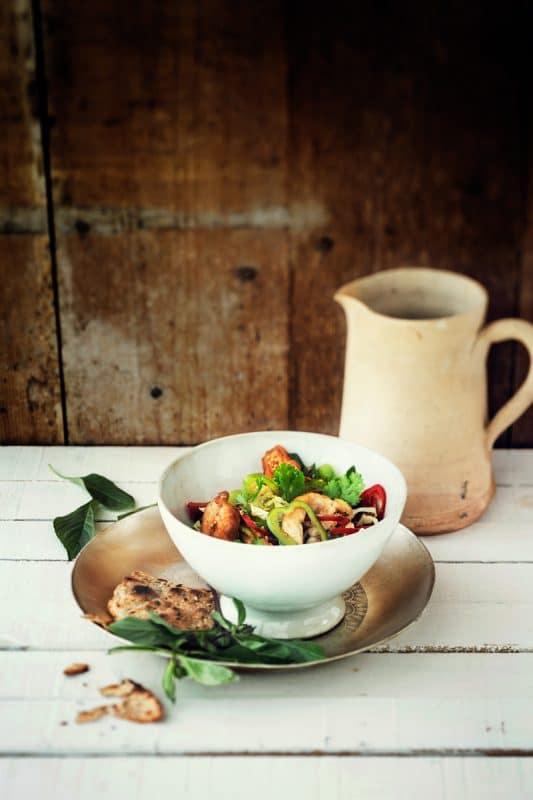 Salade de poulet croustillant à la thaïe