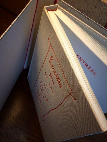 La couverture originale, avant le passage en rouge - © Photo Sabine Bucquet-Grenet