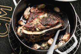 Palette de porc au thym, romarin, ail