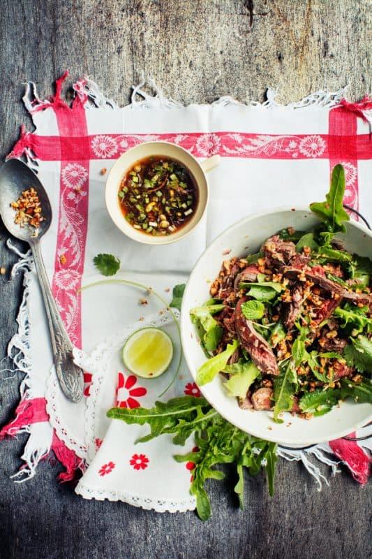 Salade de boeuf à la citronnelle, menthe et coriandre 1