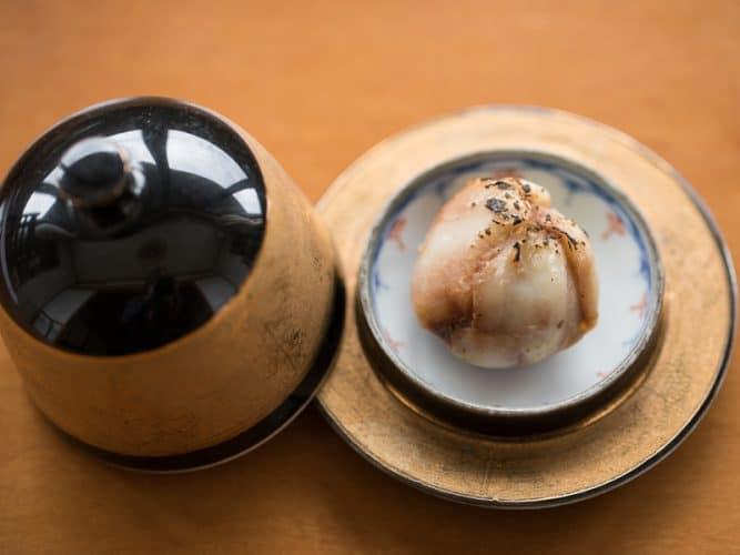 Fuki-no-to au miso chez Dewaya - © 180°C Photographie Camille Oger