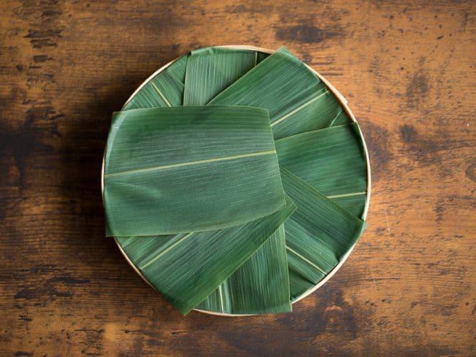 Le pliage savant des feuilles de bambou - © 180°C - Photographie Camille Oger