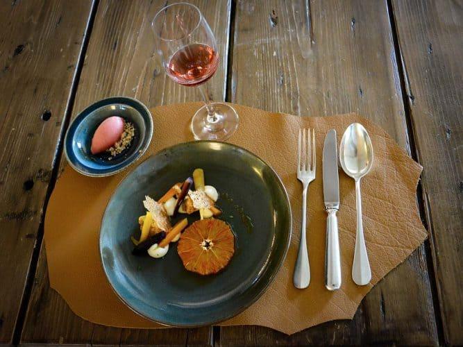 Dessert orange sanguine, carottes confites au thym citron, Bugey-Cerdon de chez Bartucci - © 180°C Photographie Manu Rodriguez