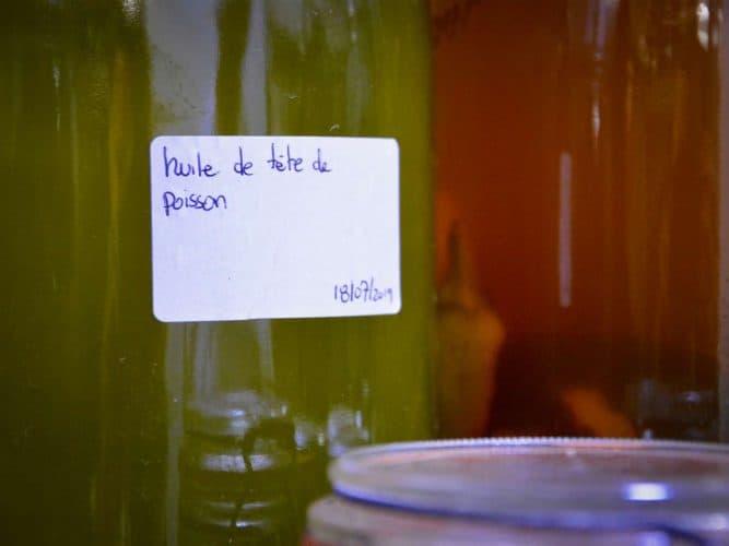 Les têtes de poissons sont recyclés en huiles parfumées - © 180°C - Photographie Manu Rodriguez