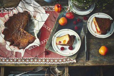 Gâteau aux abricots, framboises et citron vert 1