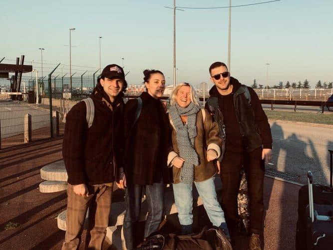 Nous 4 au départ à Lyon,  de gauche à droite, Edouard Adam, Pauline Bousquet, moi, Antoine Kochen - © 180°C - Photographie Pauline Dupin-Aymard