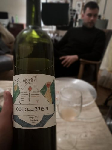 """Antoine et le vin de Ketevan, cuvée """"Bébés"""" - © 180°C - Photographie Pauline Dupin-Aymard"""