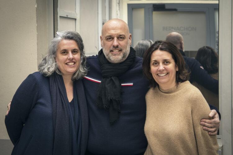 Philippe. Bernachon et ses deux soeurs, à gauche Stéphanie, à droite Candice - © 180°C - Photographie Olivier Pascuito