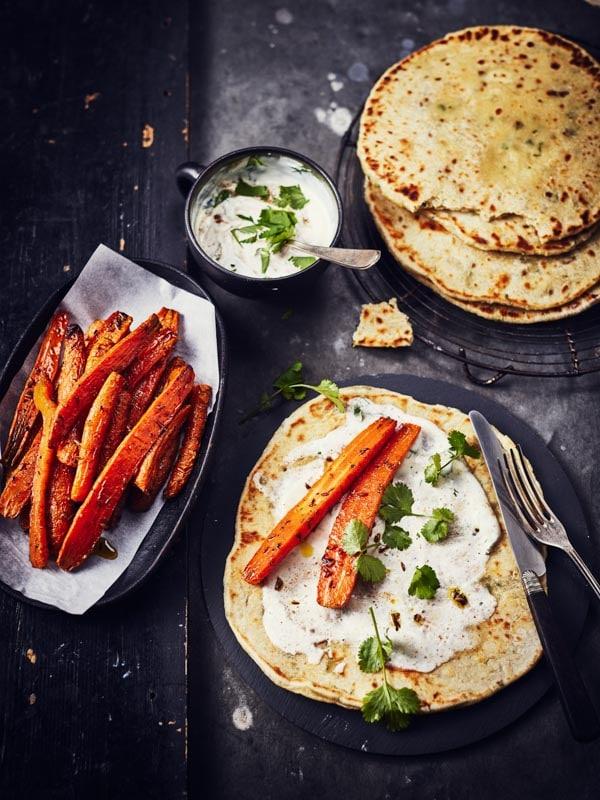 Galettes au yaourt et carottes rôties