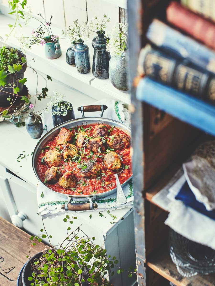 Keftas de colin en sauce tomate